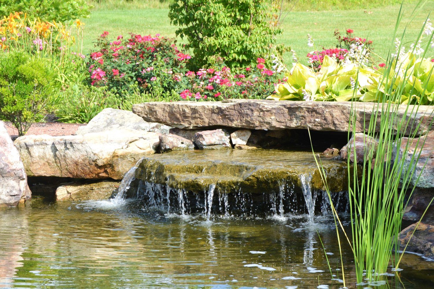 Waterfall water feature